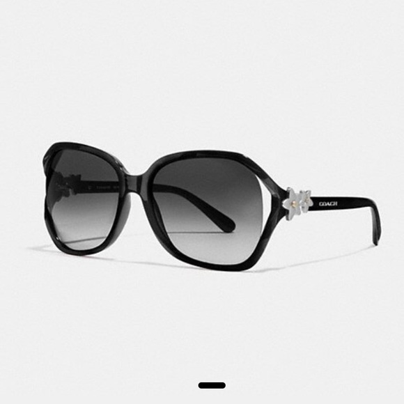 a01798db5 Coach Accessories | Flower Sunglasses | Poshmark
